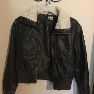 Brown leather jacket with faux fur collar